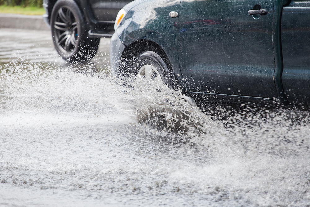 Hydroplaning – Prevention and Recovery