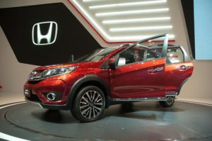 Honda SUV at a showroom